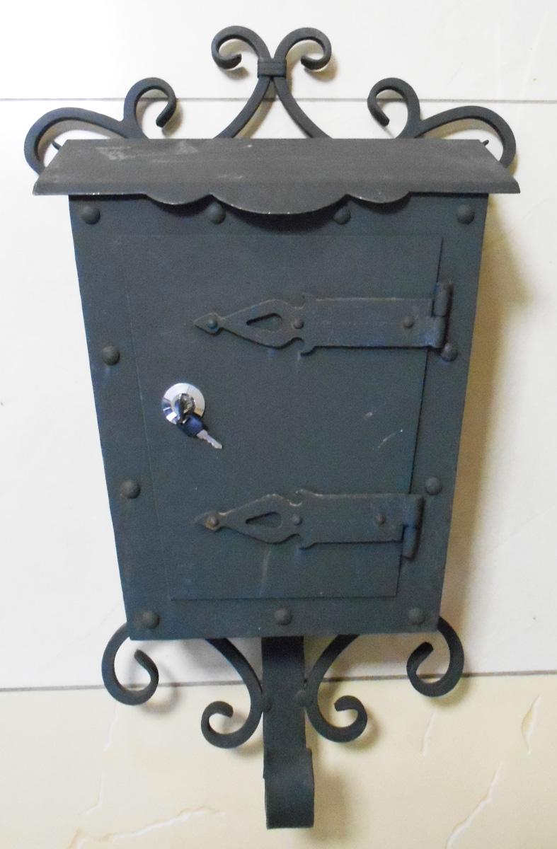 почтовый ящик фото кованый