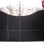 Обратная сторона кованых ворот