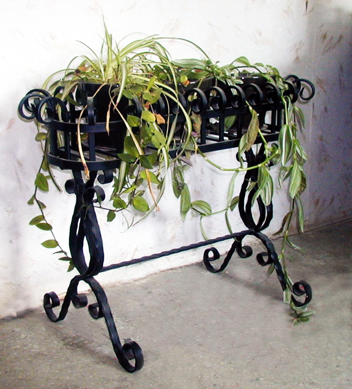 Фото подставок для цветов ковка